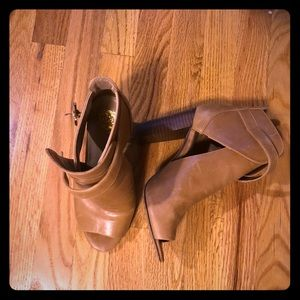 Vince Camuto peep toe booties. Size 8.5